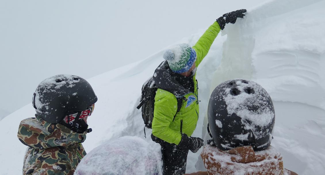 Schnee- und Lawinencamp